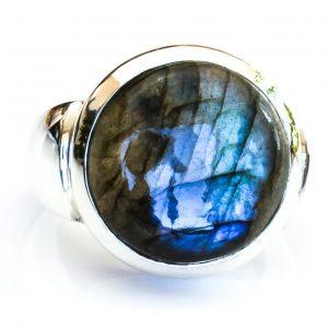 Handmade Labradorite Sterling Silver Ring