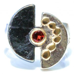 Garnet and Gold Israeli Ring