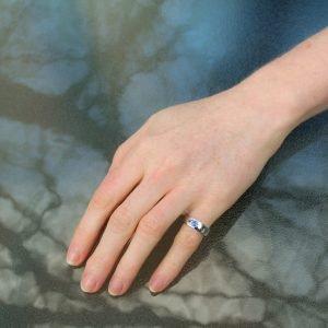 Ceylon Sapphire in White Gold Ring