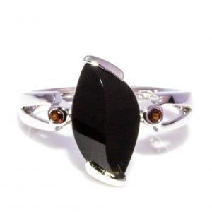 Black Onyx and Garnet Ring